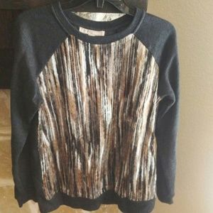 Forever 21 Sz Med Sweatshirt Yarn Design Front